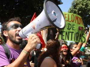 Ato acontece em várias cidades e estados no Brasil e no mundo (Foto: Agência Estado)